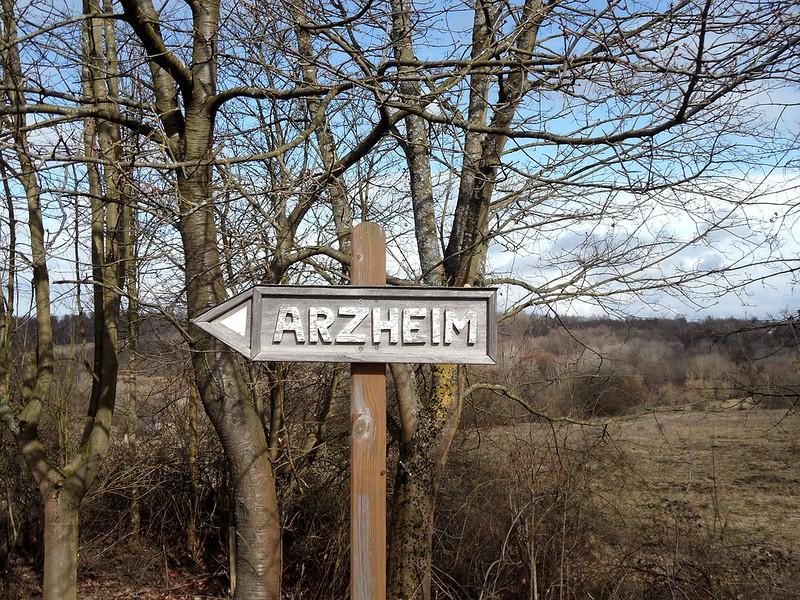 Wegweiser Arzheim