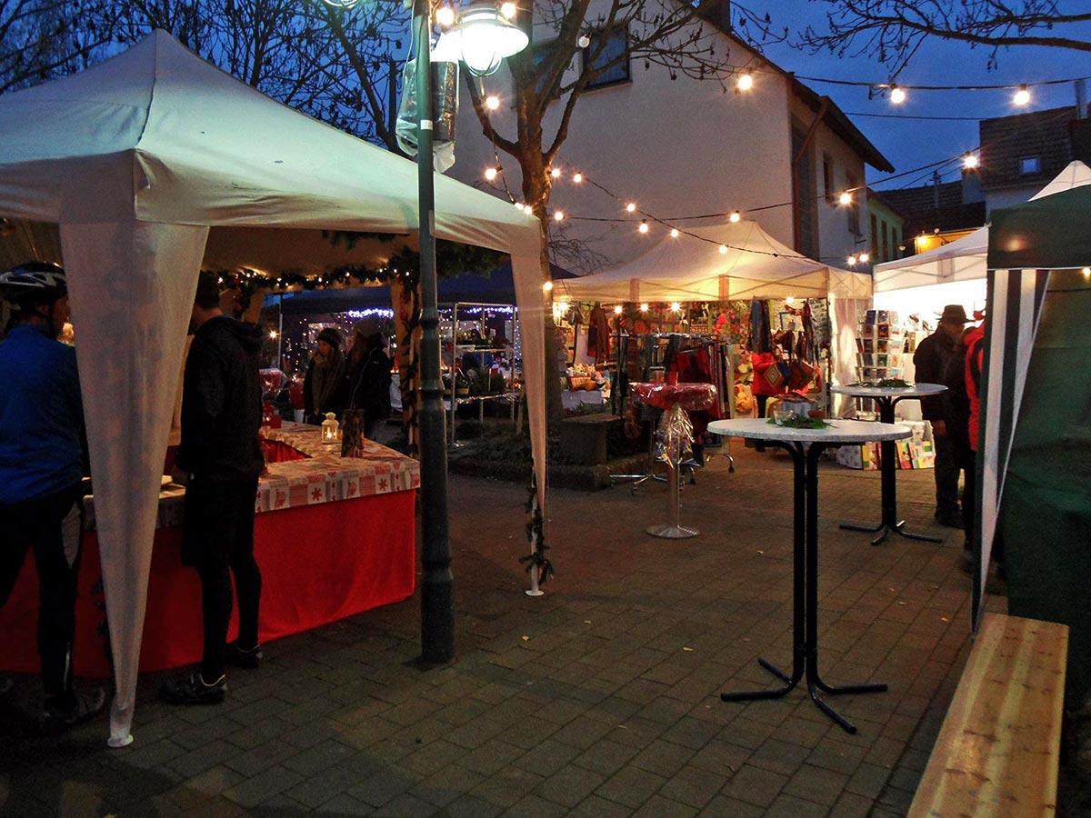 Weihnachtsgeschenke Weihnachtsmarkt Koblenz-Arzheim