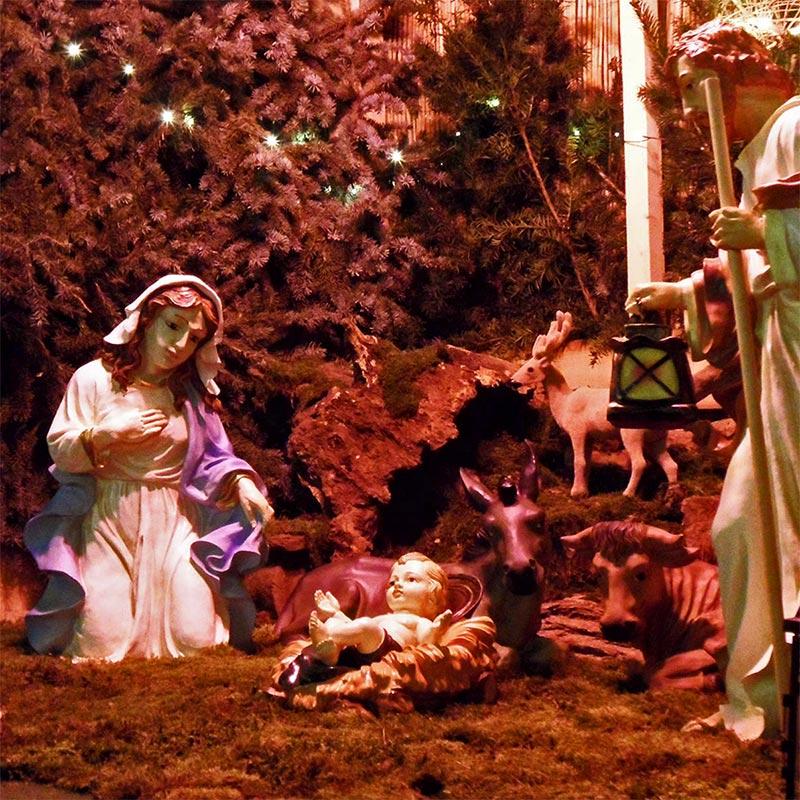 Krippeauf dem Arzheimer Weihnachtsmarkt