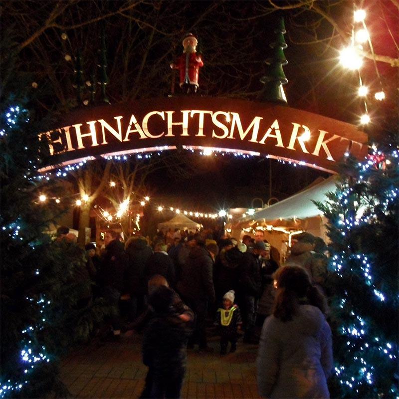 Traditioneller Weihnachtsmarkt Koblenz-Arzheim